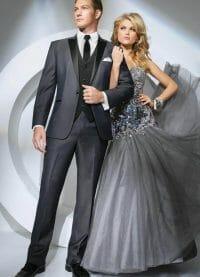 prom-tuxedo-grey-tony-bowls-portofino-301-1
